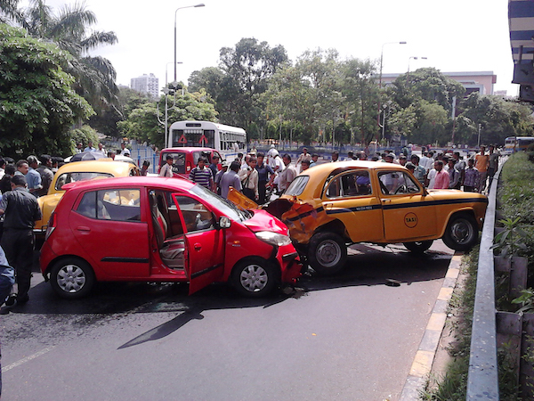 What To Do If You Are In A Car Accident In India Learning India