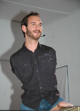 Nick Vujicic – Life without LIMBS or without LIMITS