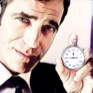 Hombre con reloj. Se acaba el tiempo.