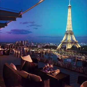 terraza de hotel en París