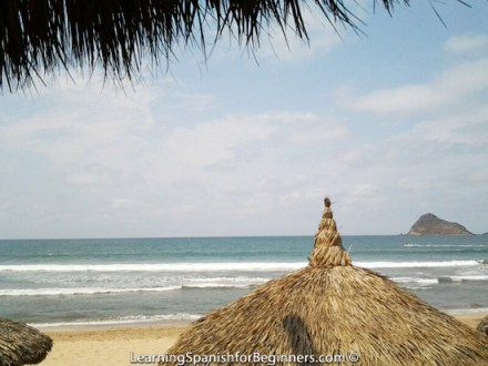 Mazatlan---Breakfast-by-the-Beach