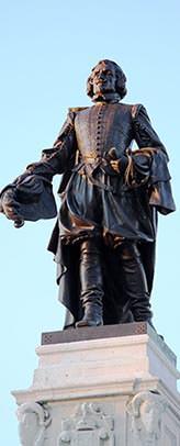 Statue of Samuel de Champlain