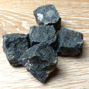 Nuummite Rough cluster of 5