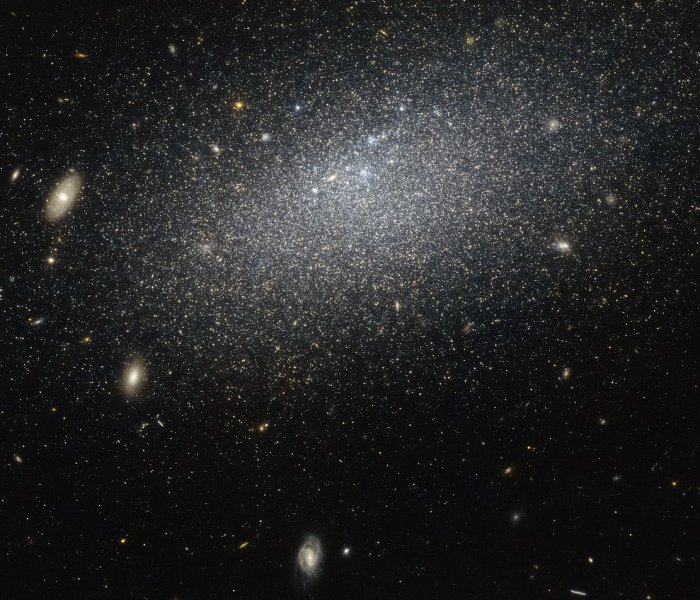 About the expanding universe in Qur'an