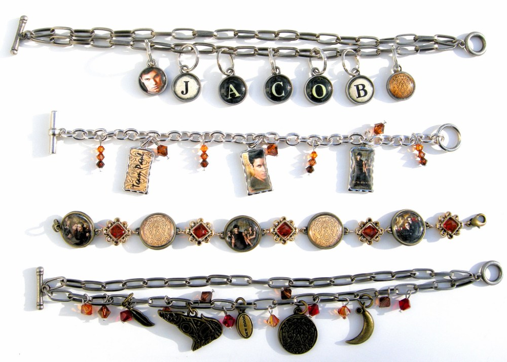 ~ Latest Twilight/New Moon Bracelets (1/6)
