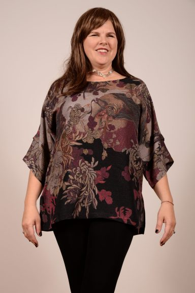 Silk Tunic with Sleeve Pleat Detail by Dressori