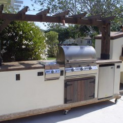 Outdoor Kitchen Pizza Oven Design Tall Pantry 10 Featuring A Trellis W