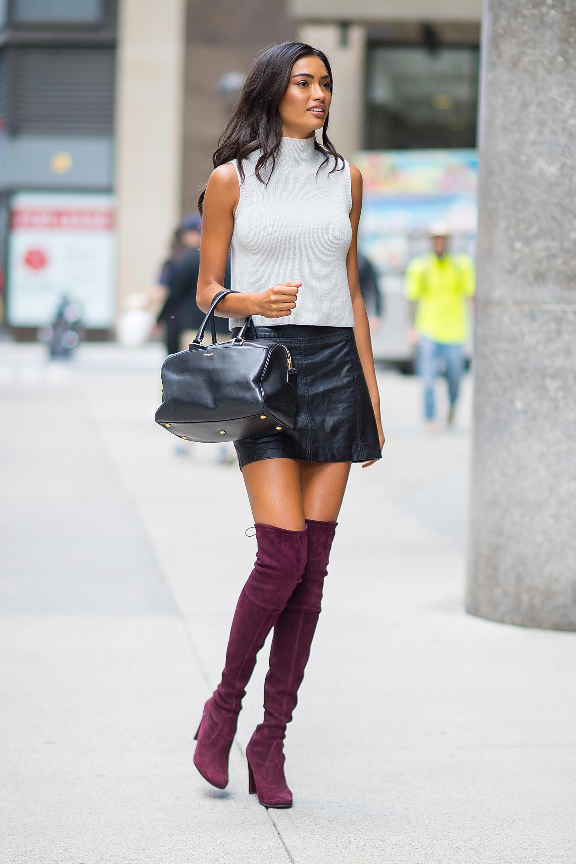 Kelly Gale wears mini leather skirt  Leatherdressme
