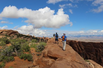 arches-rock-trail