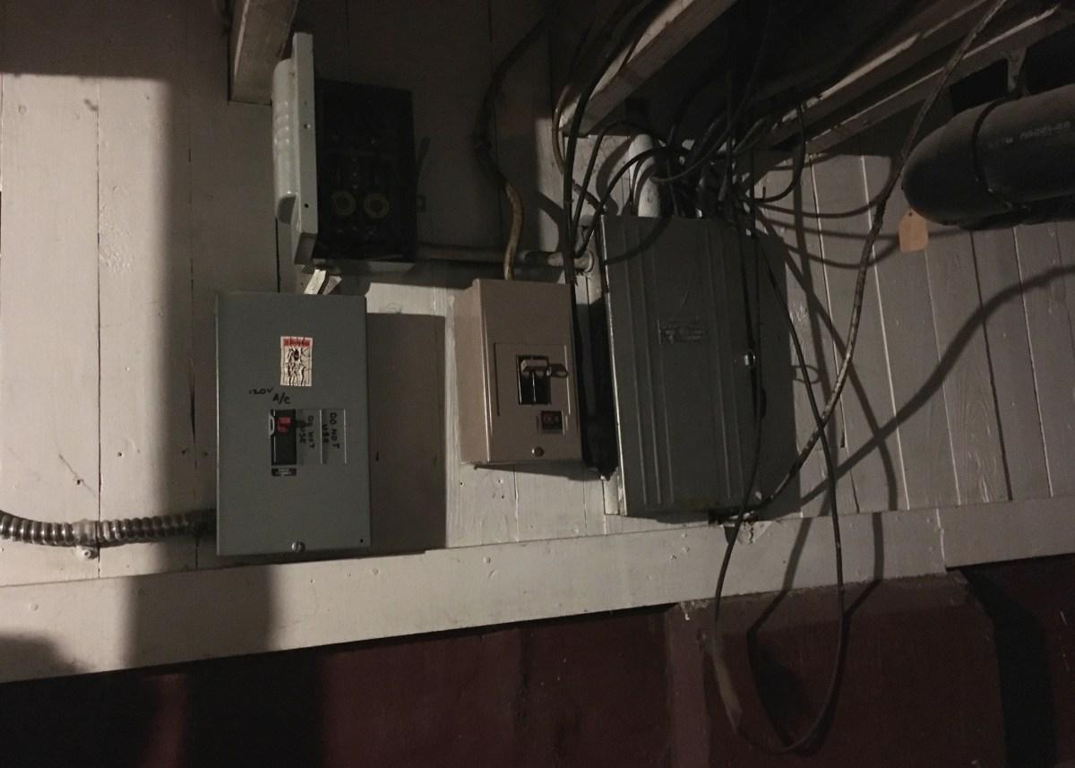 hight resolution of wiring basement light