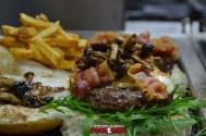 puok e med hamburgeria gigione nuova sede 49 hamburger marchigiana rucola provola bacon funghi chiodini