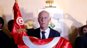 بعد حديثه مع السيسي.. الرئيس التونسي يتعرض لانتقادات حادة من الداخل