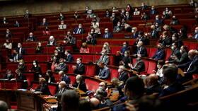 مجلس النواب الفرنسي يوافق على مشروع قانون بشأن تغير المناخ لجعل الاقتصاد صديقا للبيئة