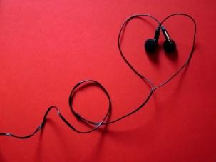 headphones-424163_960_720