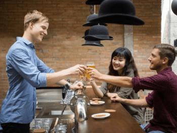 Barman métier dangereux - Le Barman Vous Deteste