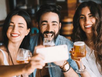 Ce que la bière révèle de toi - Le Barman Vous Deteste