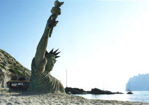 diana larrea - liberty statue - le bastart