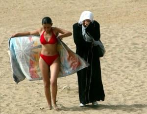 zohra bensemra - girl bikini - le bastart
