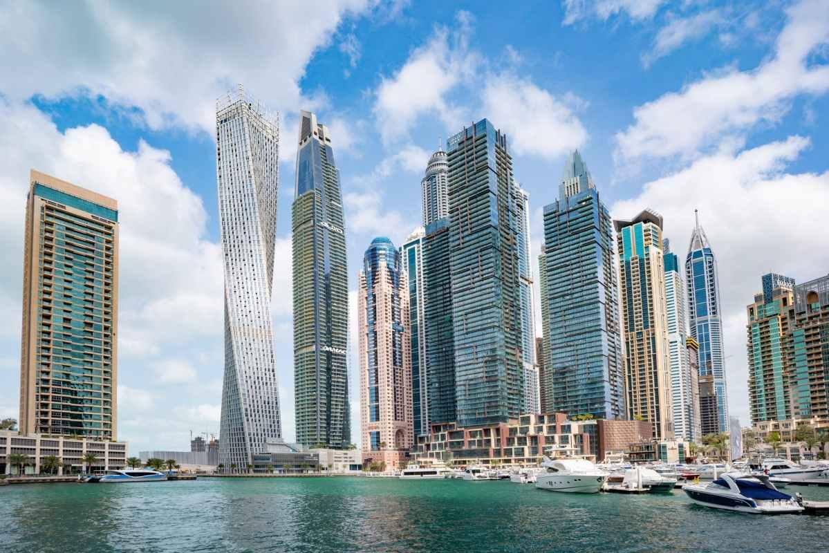 high rise buildings of dubai