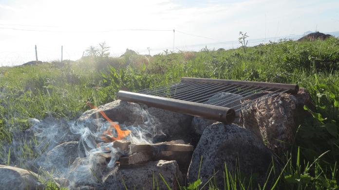 Rooster op open vuur