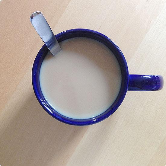 12 von 12 - Juli 2014 - erste Tasse Kaffee am Morgen in aller Ruhe genießen
