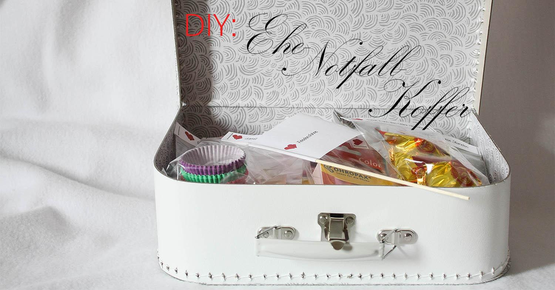 DIYGeschenk zur Hochzeit EheNotfallKoffer  schnell