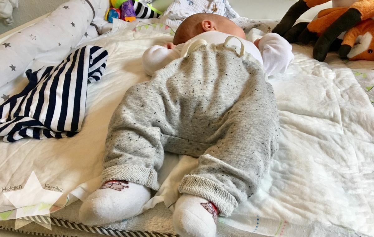 Wochenende in Bildern und 12von12 - Babyflausch - Baby angezogen