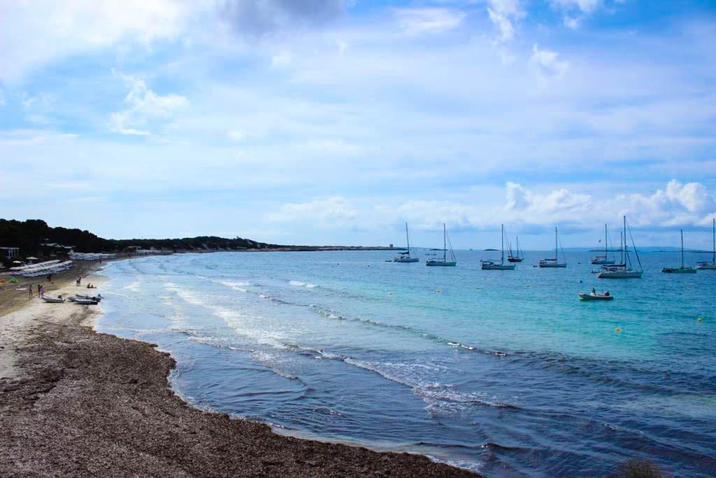 ibiza-rundreise-inselrundfahrt-strand-playa-de-ses-salines-las-salinas-beach-sehenswuerdigkeit-travel-tipp-blogger-blog-deutschland-1