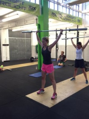 CrossFit Fitness Overheas Squat WOD