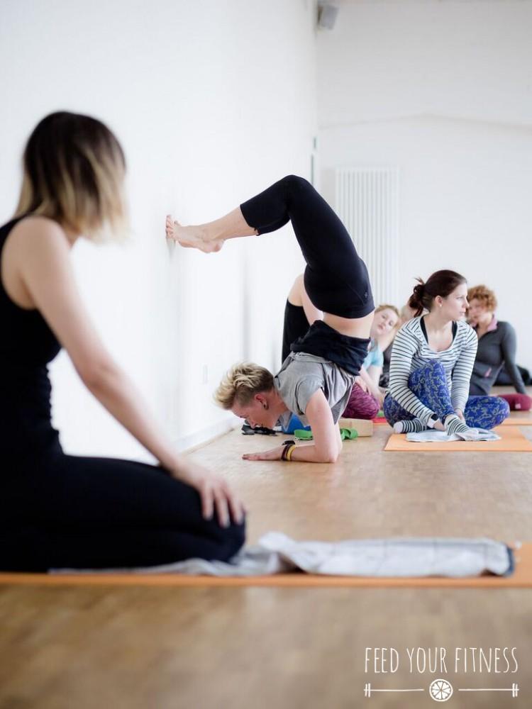 Instagram Bloggertreffen von FEED YOUR FITNESS Yoga Skorpion