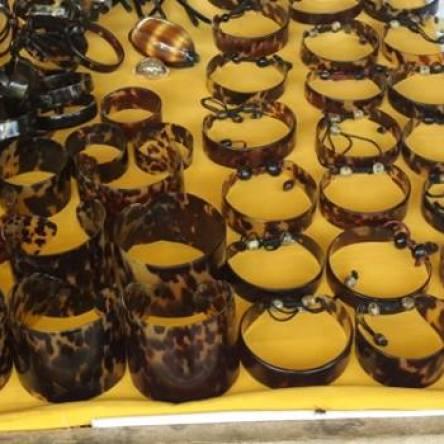 Bracelets en carapace de tortue imbriquée