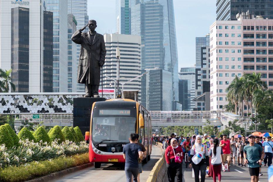 Trans Jakarta - Mukti Mulyana
