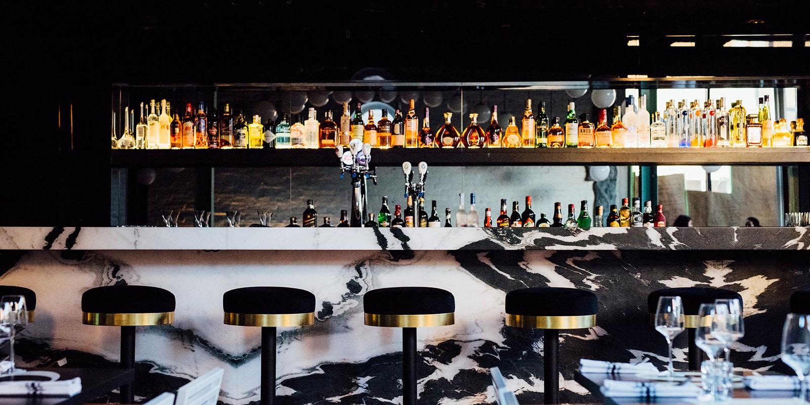 Le Bird Bar  Henden