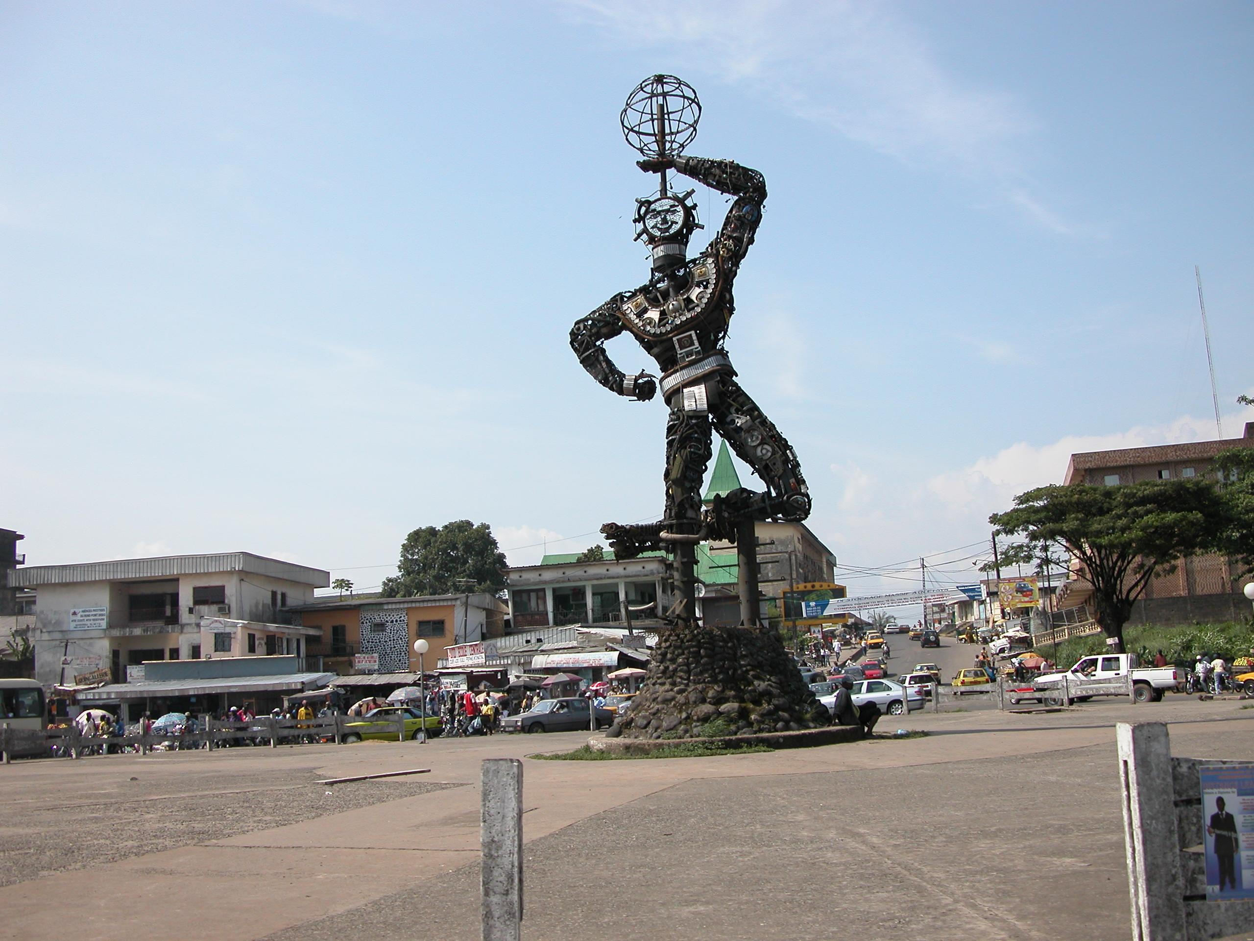 Statue à Douala