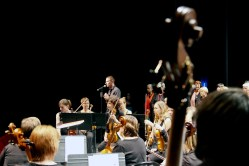 L'ensemble Amati dirigé par Didier Beloeil joue la messe du couronnement de Mozart à Charles Dullin au Grand Quevilly