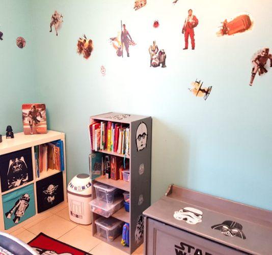 deco-chambre-star-wars-meubles-coffre-stickers