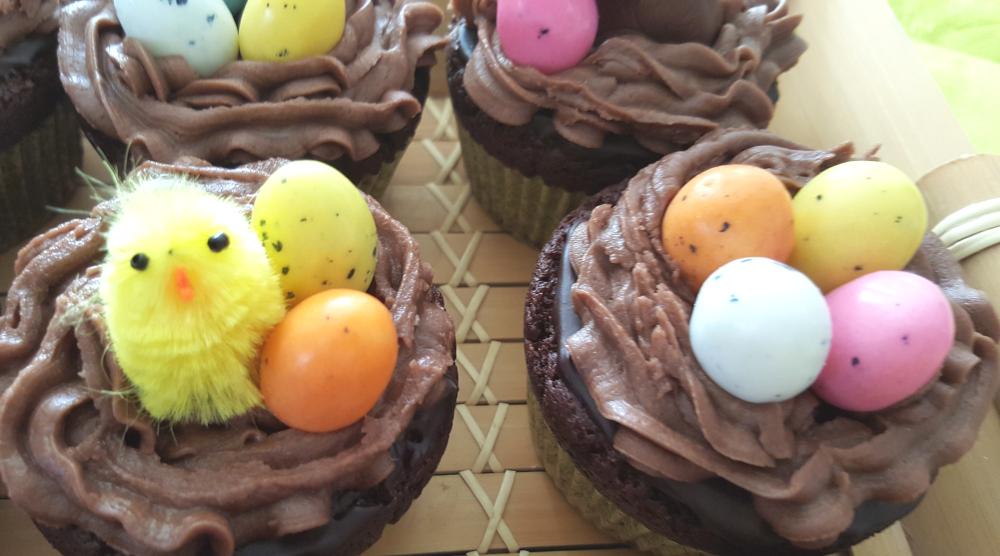 cupcake pâques chocolat oeufs et lapins