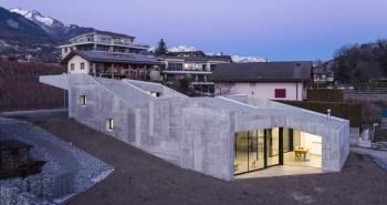 Anako Architecture dévoile sa forteresse en béton