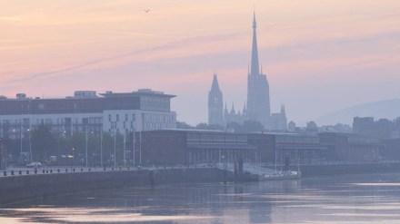 Vista de Rouen desde o Rio Sena