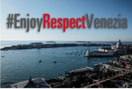 Veneza tentando conciliar turistas e moradores