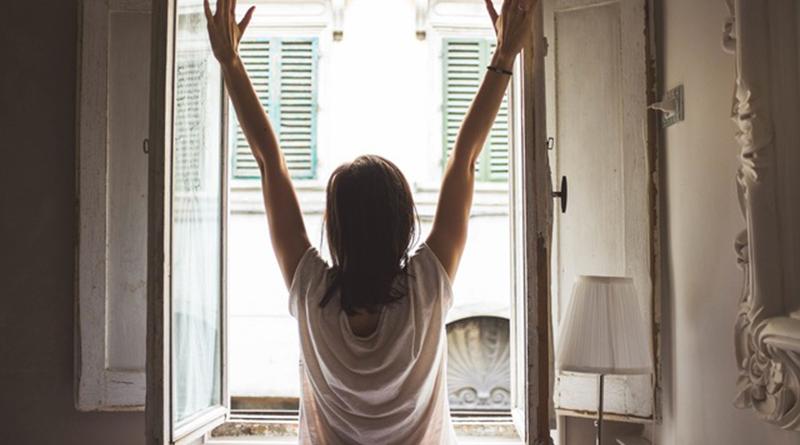 3 postures de yoga contre le mal de dos - Le blog du hérisson