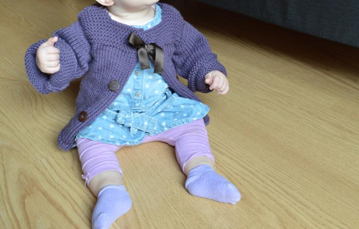 Gilet petite fille en tricot
