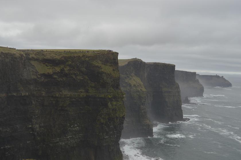 tourisme-voyage-irlande-bebe-cliffs-moher