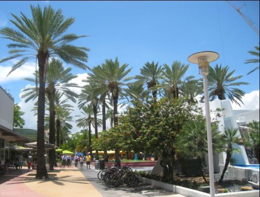 lincoln-road-mall_1
