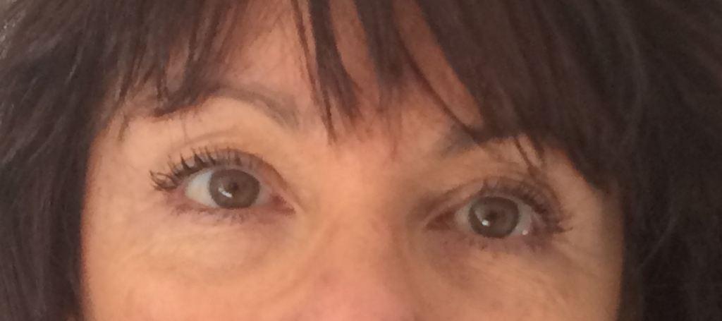 Test contour des yeux 2pg