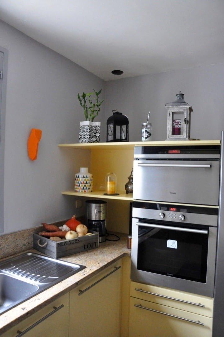 Table de cuisine haute avec rangement gallery of the for Amenagement cuisine pas cher