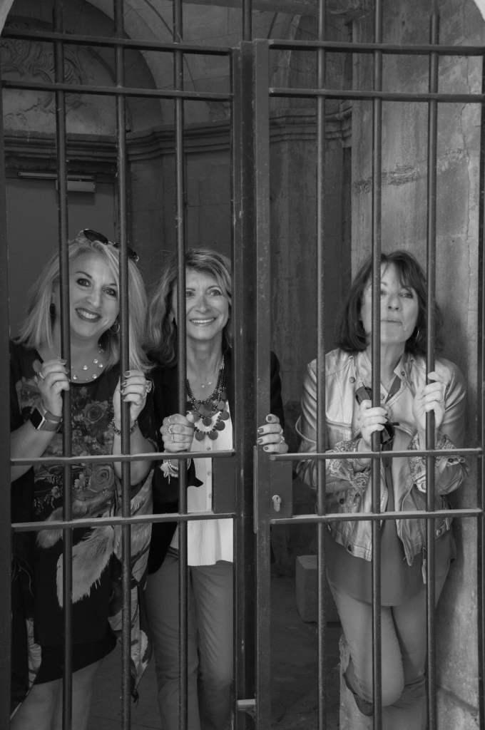 3 Femmes majuscles-la provinciale.26