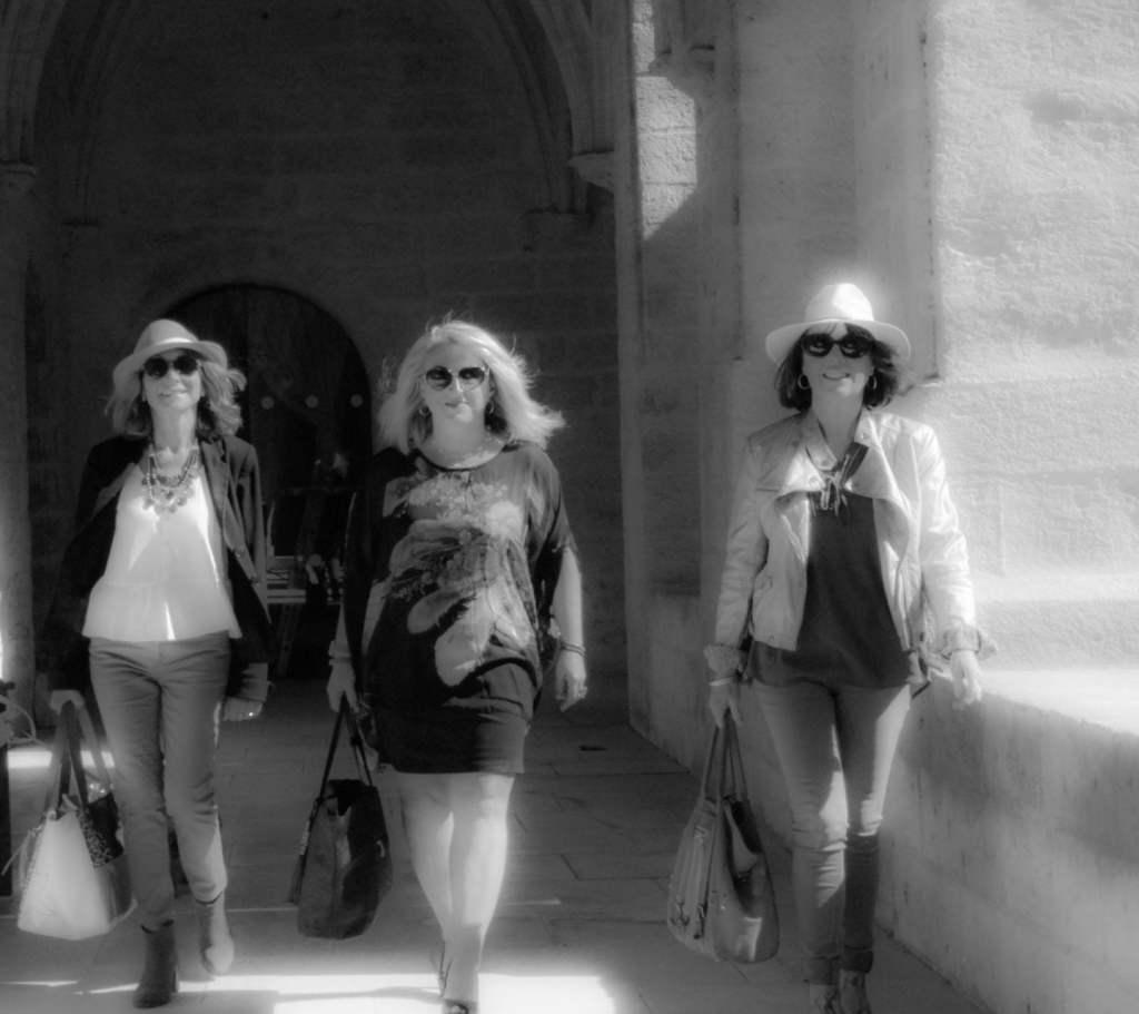 La rencontre de trois Femmes Majuscules !