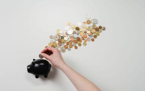 Baisser la masse salariale pour réduire les coûts : une solution de dernier recours ?