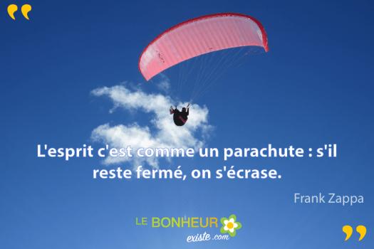 L'esprit-c'est-comme-un-parachute-s'il-reste-ferme,-on-s'ecrase